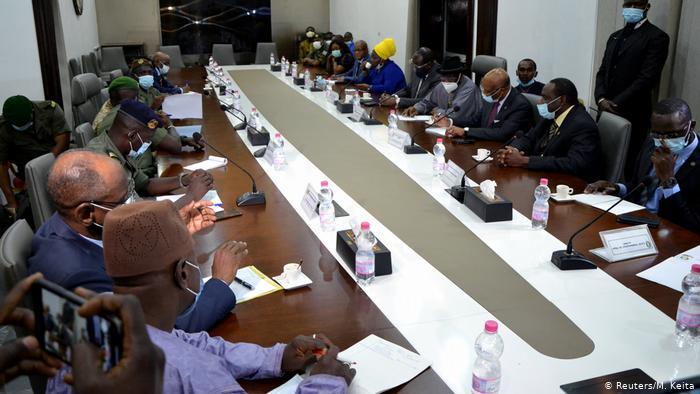 Shugabannin ECOWAS Sun Sake Ganawa Da Sojojin Mali