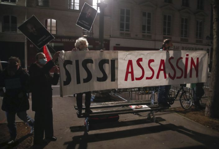 Protesters in France demonstrate against visit by Egypt's el-Sissi