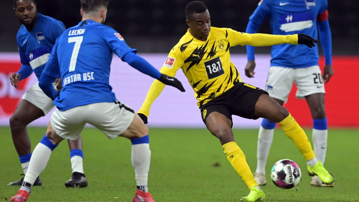 Cameroon-born Moukoko, 16, becomes youngest UEFA Champions League player