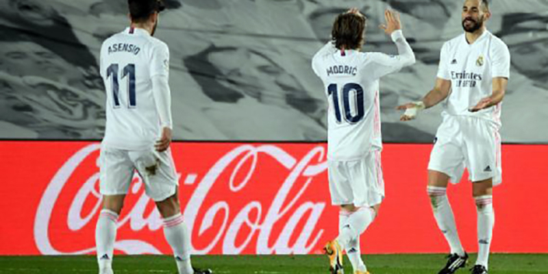 Real Madrid level on points atop La Liga with major win in match against Bilbao