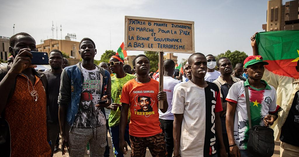 Thousands protest in Burkina Faso: against rising bloodshed by terror groups